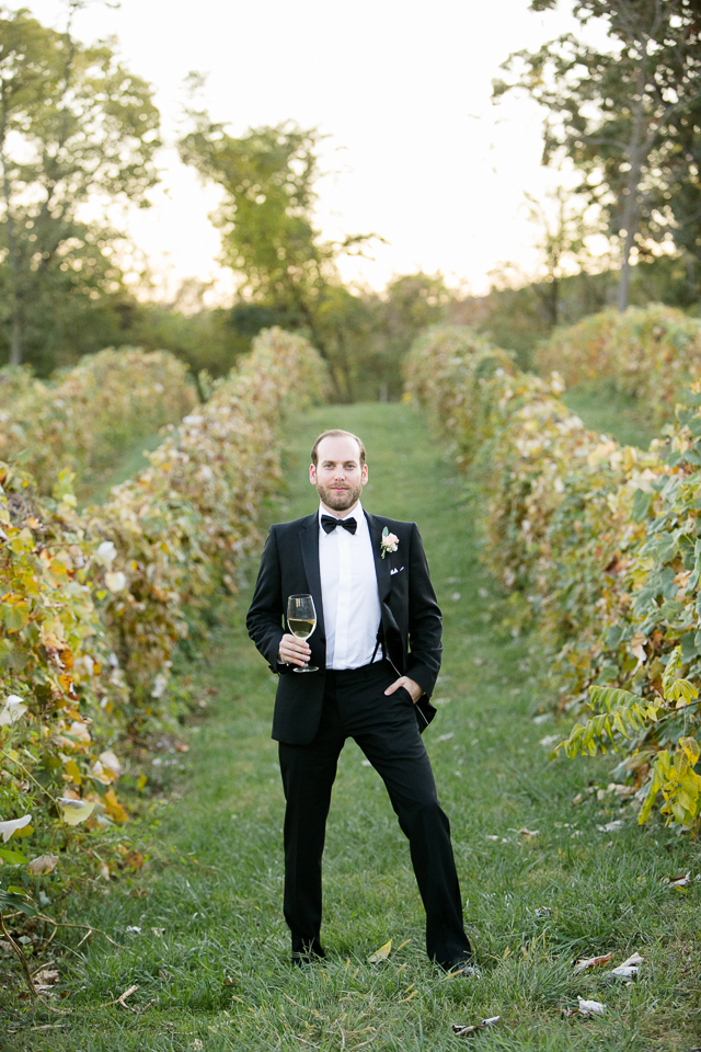 g&d_persian_bluemont_vineyard_wedding_037
