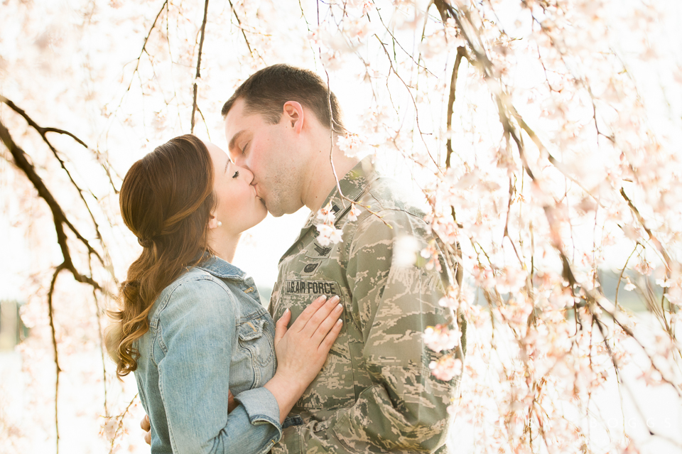 Springtime Cherry Blossom Engagement Session // Lisa Boggs Photography // DC Engagement Photography