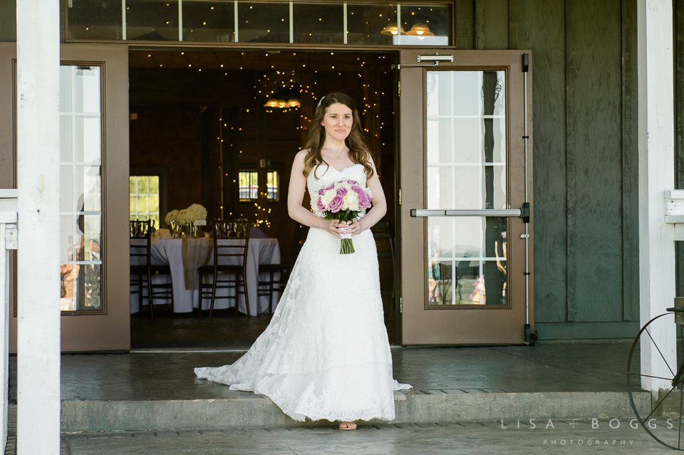 h&g_bluemont_vineyard_wedding_009