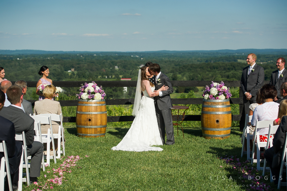 h&g_bluemont_vineyard_wedding_014
