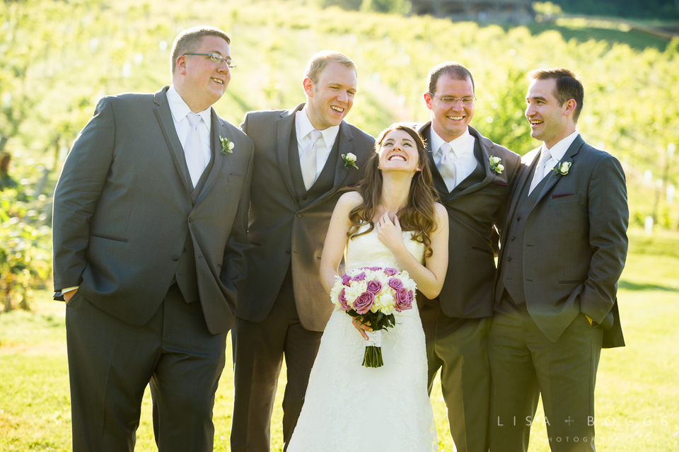 h&g_bluemont_vineyard_wedding_016