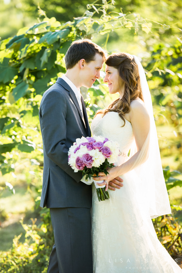 h&g_bluemont_vineyard_wedding_018