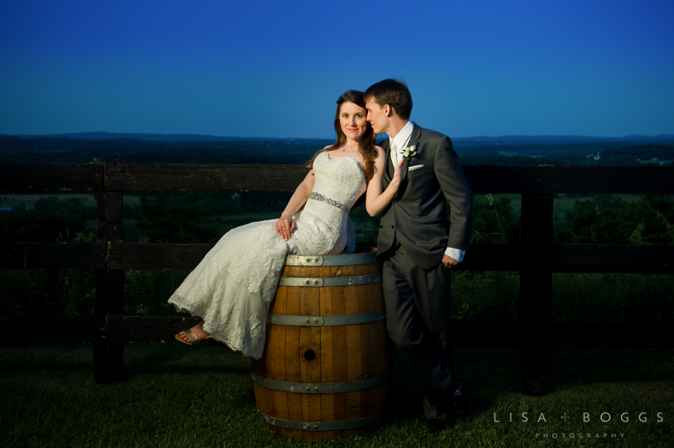 h&g_bluemont_vineyard_wedding_024