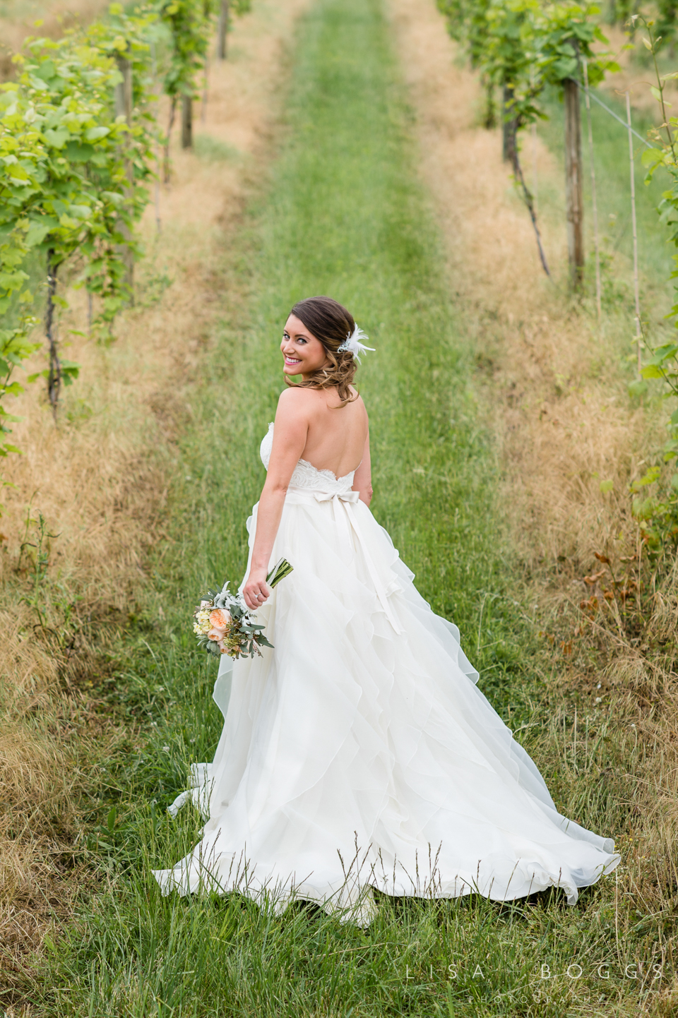 jodi_john_bluemont_vineyard_wedding_010