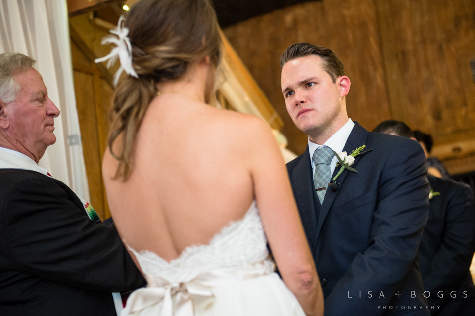 jodi_john_bluemont_vineyard_wedding_030