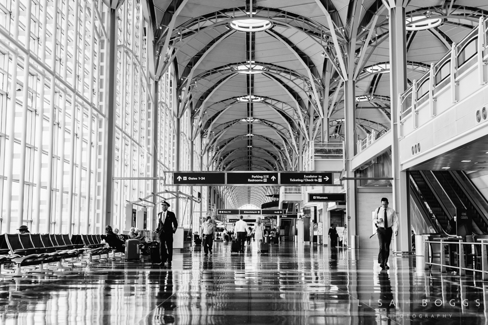 s&d_reagan_national_airport_engagement_portraits_lisa_boggs_photography_01.jpg