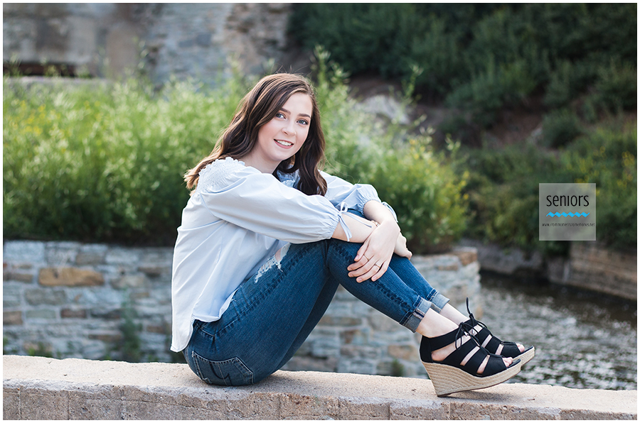 fun senior girl pictures at mill ruins park in downtown minneapolis, minnesota