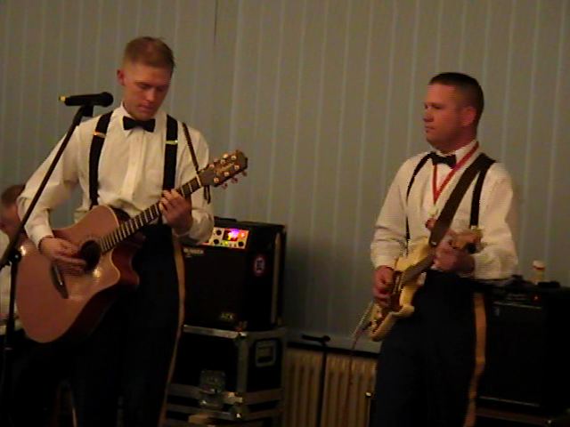 Josh Revak and Aaron Jagger play for Bandit Ball 05.jpg
