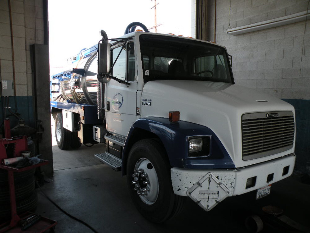 TruLine Commercial Truck Repair.jpeg