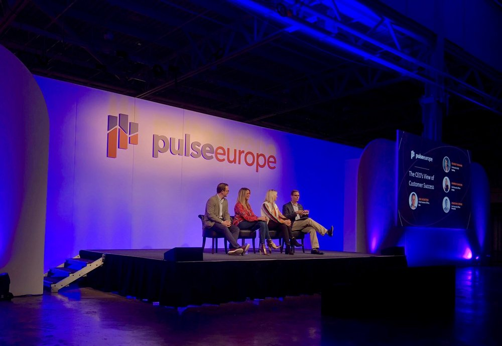 TaskRay CEO Blakely Graham on stage with fellow CEOs at Pulse Europe 2019