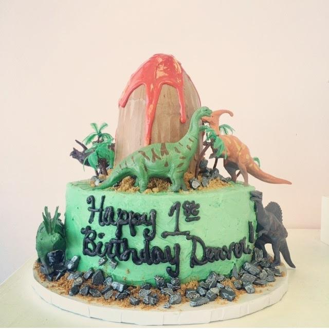 Dinasour Valcano, Two tier 4 and 9.jpg