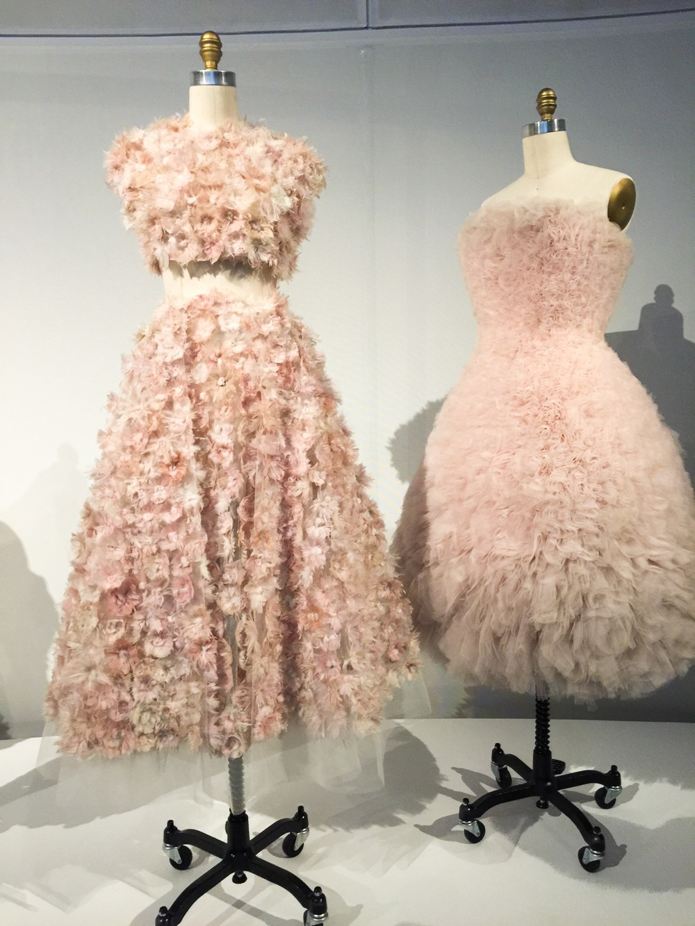 "Giambattista Valli, Spring Summer 2013, Haute Couture (left), Hussein Chalayan ""Duck Dress"", SS 2000, pret a porter (right)"