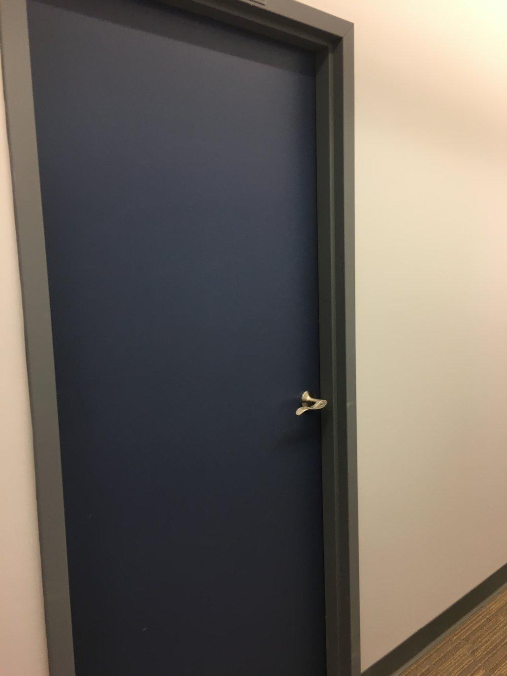 4240_306_door.JPG