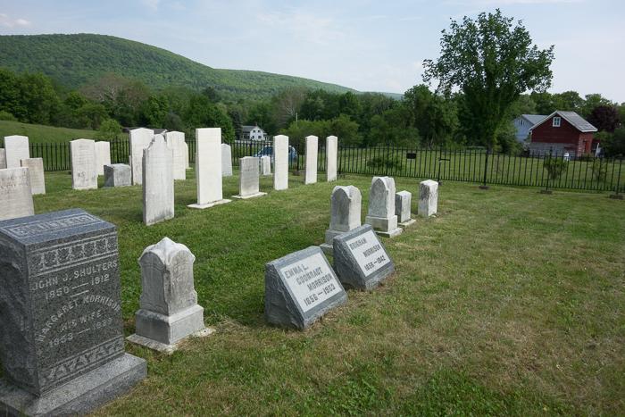 Morrison Cemetery-8.jpg