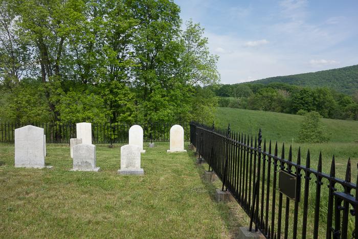 Morrison Cemetery-10.jpg