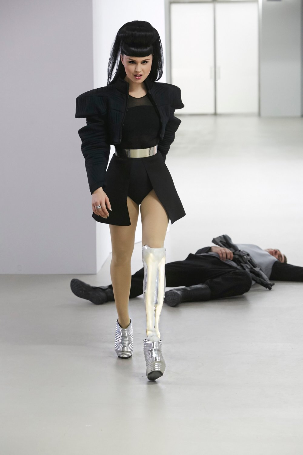 Viktoria modesta killjoys