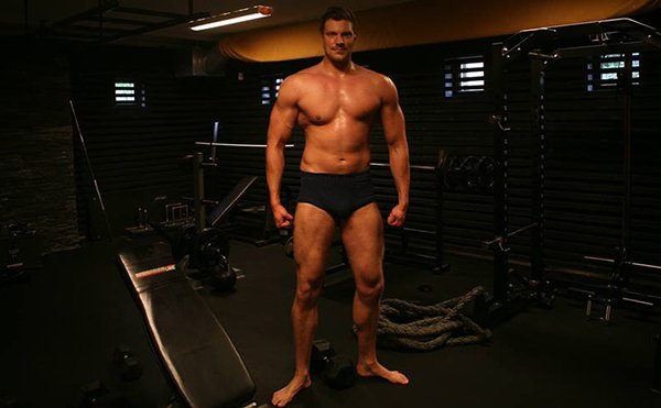 giant-bodybuilder