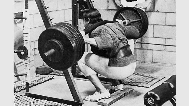 arnold-squat-heavy