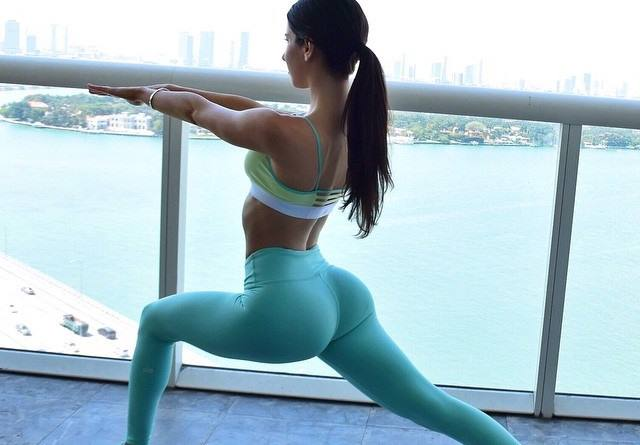 jen-setler-hot-butt-fitness-model