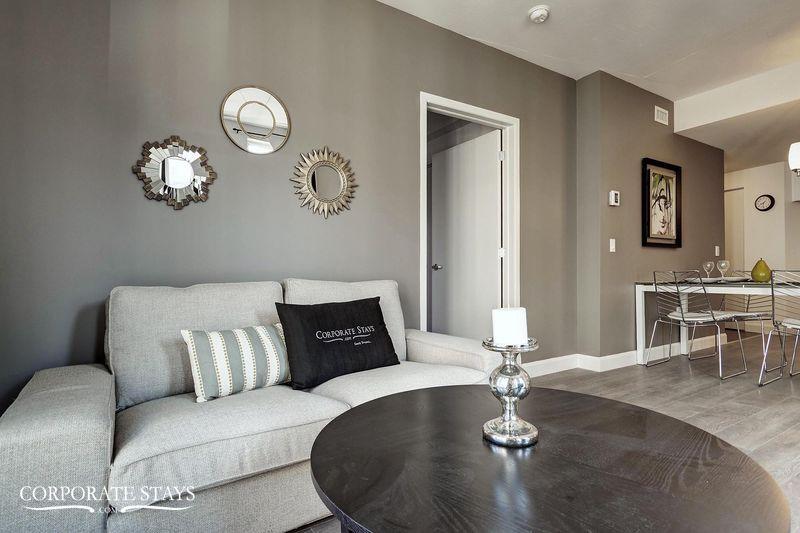 04.Furnished_Apartment_Quebec_Charisma[1].jpg