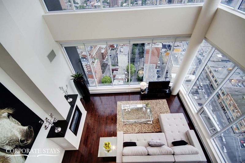 01.luxury_apartment_montreal_the_city_view[1].jpg