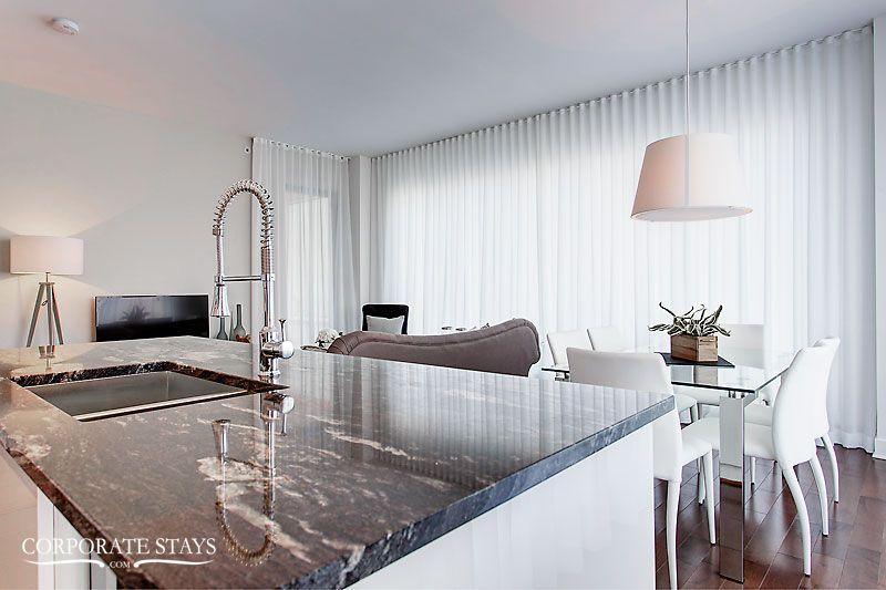 11_montreal_furnished_rental_thalia[1].jpg
