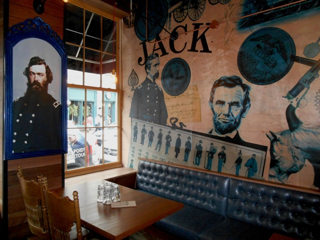 Jack-Saloon-Upstairs2[1].jpg