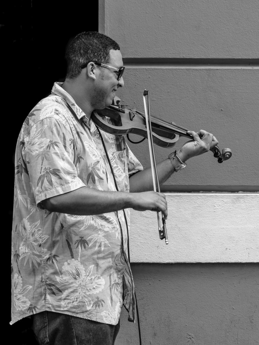 Electric violin street musician