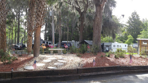 Lake Rousseau RV Park 2.jpg