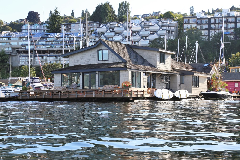 Tom Hank's Lake Union floating house in Sleepless in Seattle