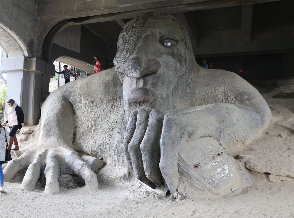 The Fremont Troll where Joseph Gordon Levitt filmed