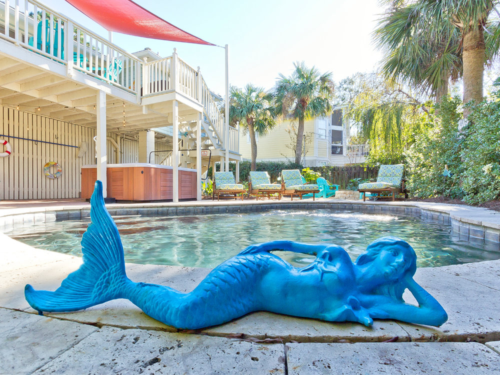 thesaltymermaidcottage_pool1_011618.jpg
