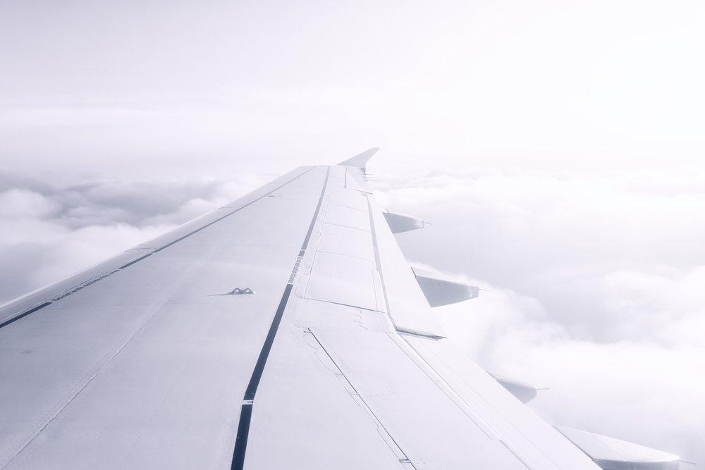 adventure-aircraft-aircraft-wing-1110670.jpg