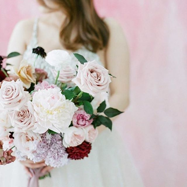 Beautiful bouquets are one of our favourite things to create ~ and seeing a bride walk down the aisle as her blooms softly bounce & ribbons float in the breeze is one of our favourite moments... 💕 xx | Captured by the lovely @ameliasoegijonophoto 📸