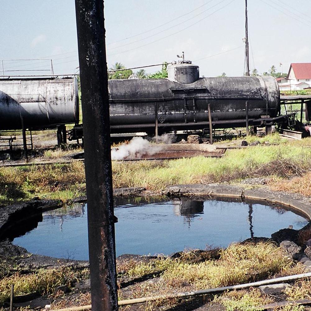 Limpiador de suelos y aguas