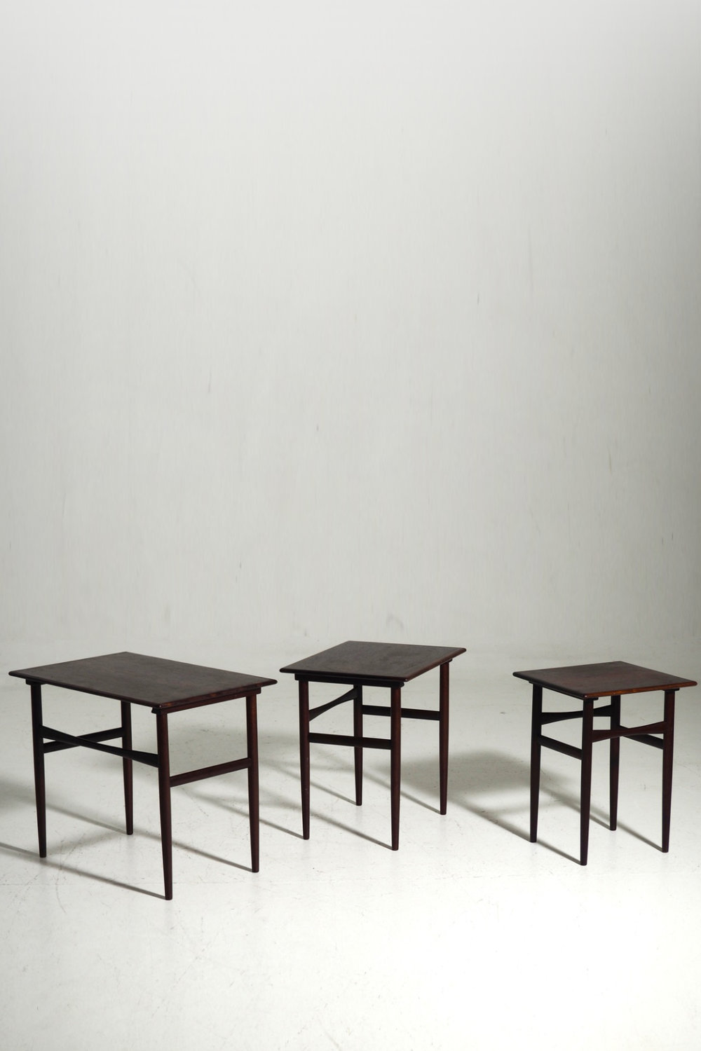 Nest of tables in rosewood, 60´s
