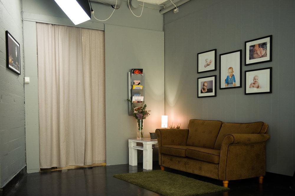 Sofakroken i studioet