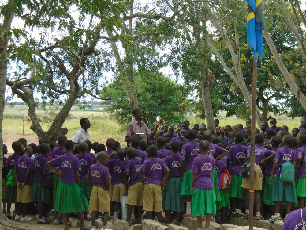 MWANZA-TANZANIA 300 SOLAR LAMPS Funded by: E.ON