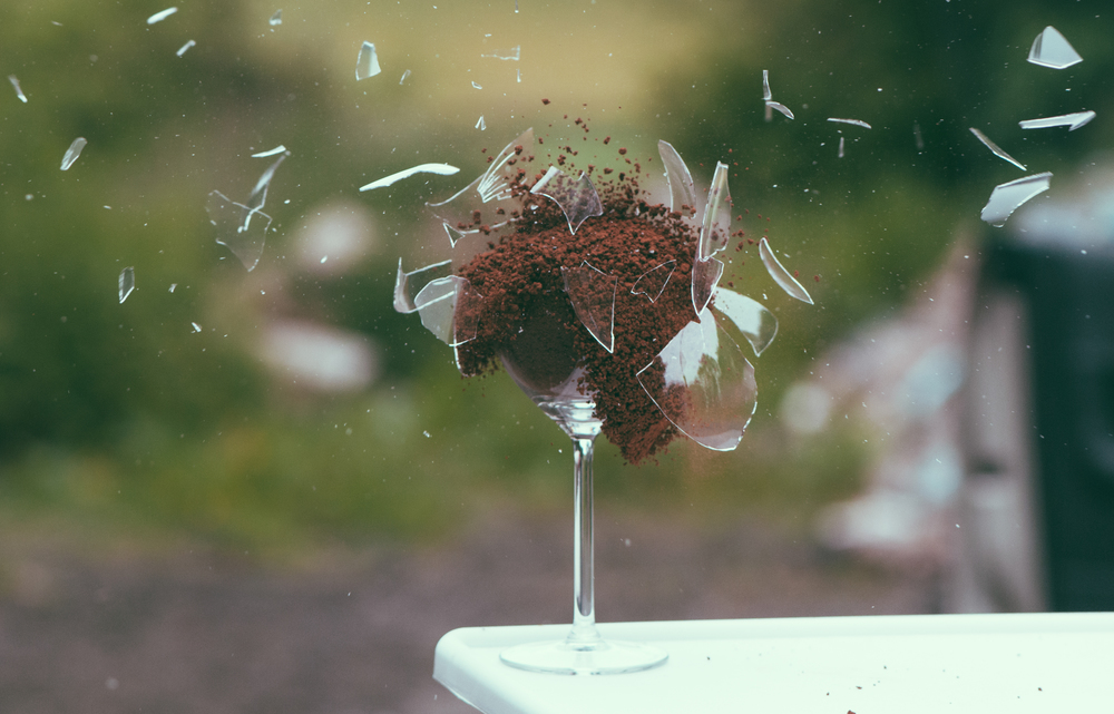 art-broken-explosion-glass.jpg