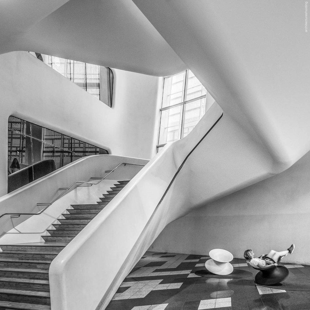 Dongdaemun Design Plaza, Seoul - Zaha Hadid