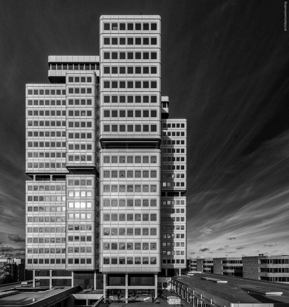 Gebäude der Deutschen Rentenversicherung-Bund in Berlin, Architekt Hans Schaefers 1973-77. Sanierung bis 2017 durch Gerkan, Marg und Partner