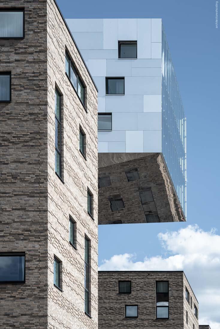 nhow Hotel - Tchoban Voss Architekten, 2011