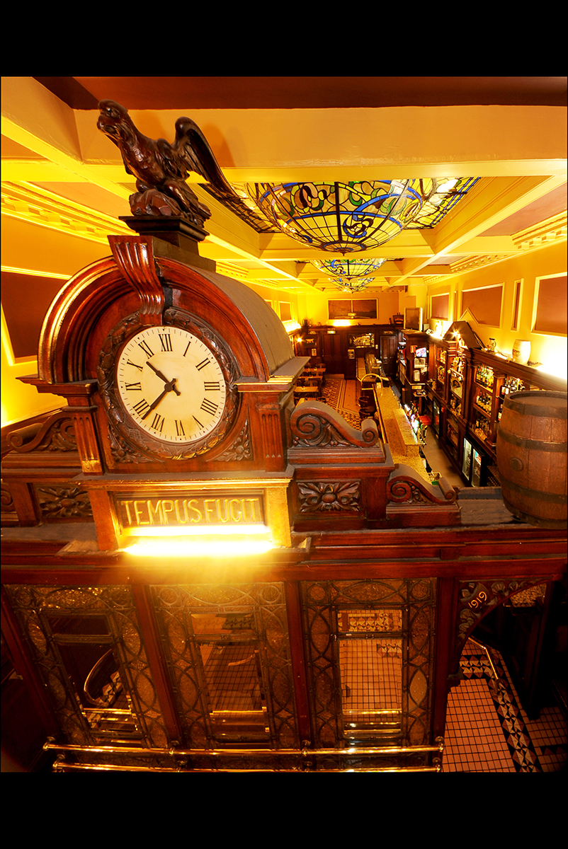 3 Madigans North Earl Street (Upstairs Interior Clock Tempus Fugit) © 2015 Mick Langan 005.jpg