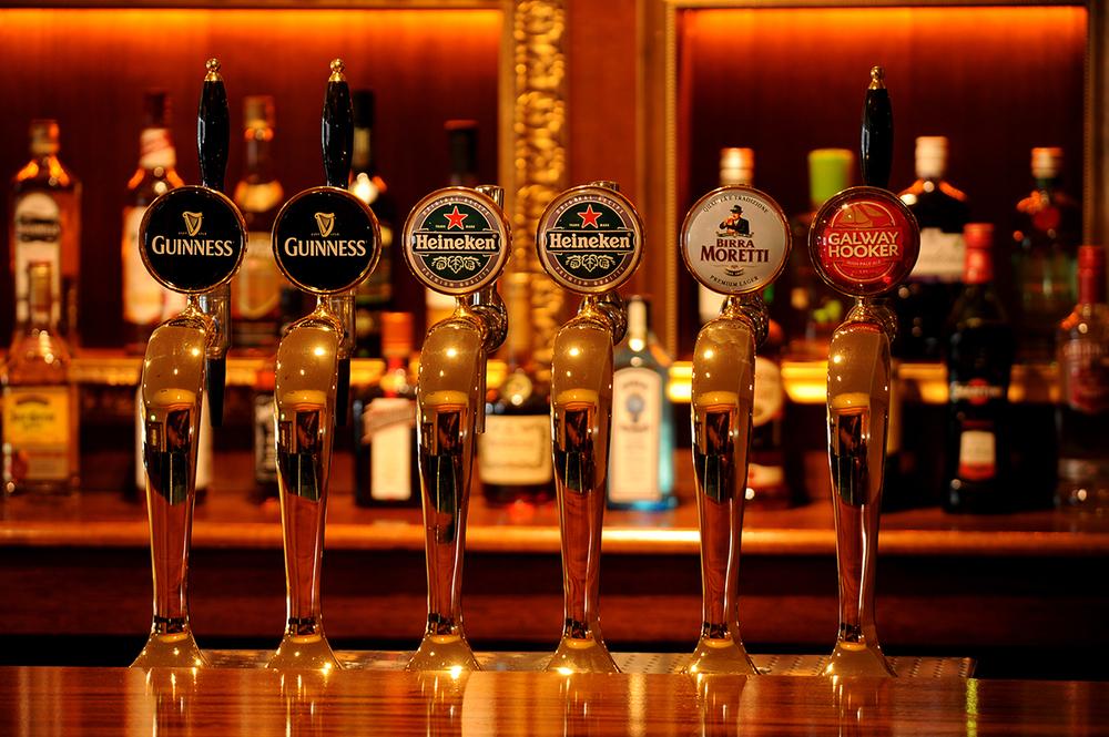 4 Madigans (Bar) ©2014 Mick Langan 013.jpg