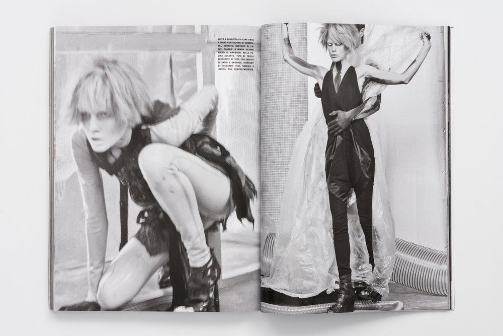 Iselin Steiro_Craig McDean_Vogue Italia_Step Into The Future_2.jpg