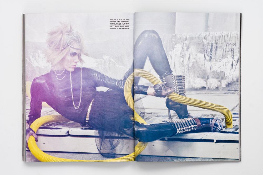 Iselin Steiro_Craig McDean_Vogue Italia_Step Into The Future_5.jpg