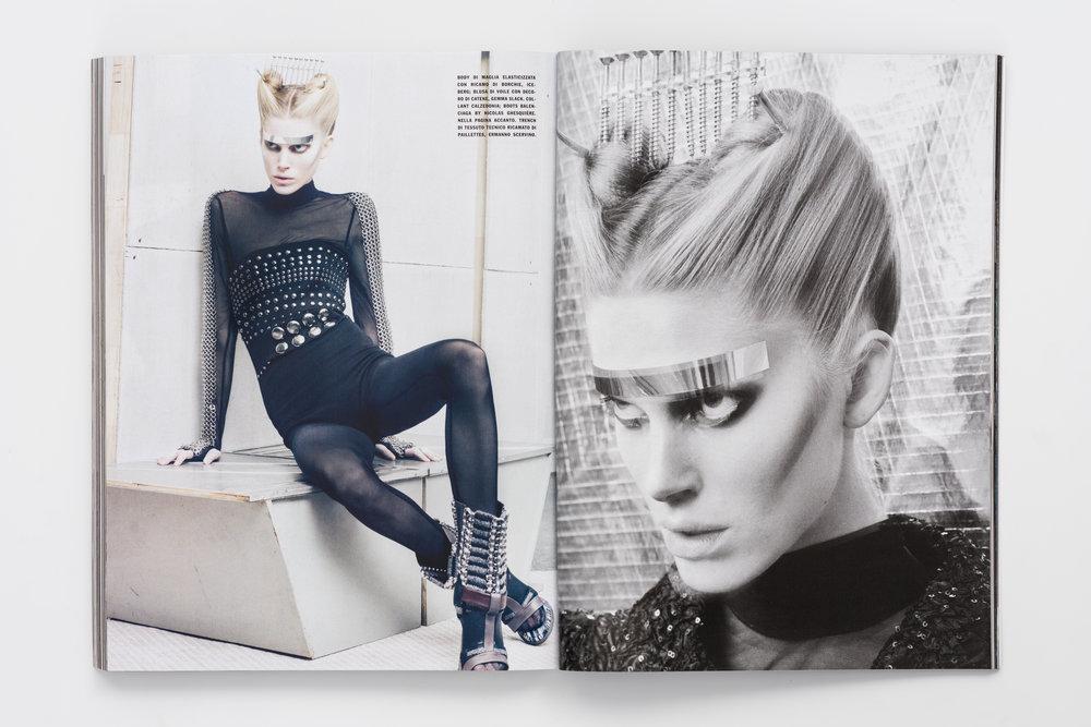 Iselin Steiro_Craig McDean_Vogue Italia_Step Into The Future_8.jpg