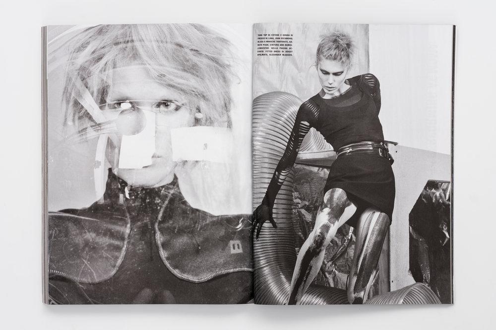 Iselin Steiro_Craig McDean_Vogue Italia_Step Into The Future_10.jpg