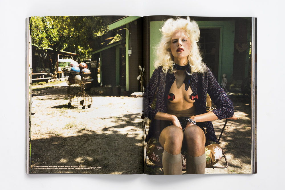 Iselin Steiro_Steven Meisel_Vogue Italia_Quesera sera_6.jpg