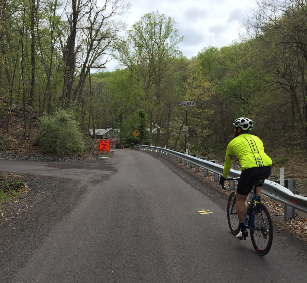 The turn into Fretz Mill Road's violent welcome party. The markings were extremely clear throughout the whole course.